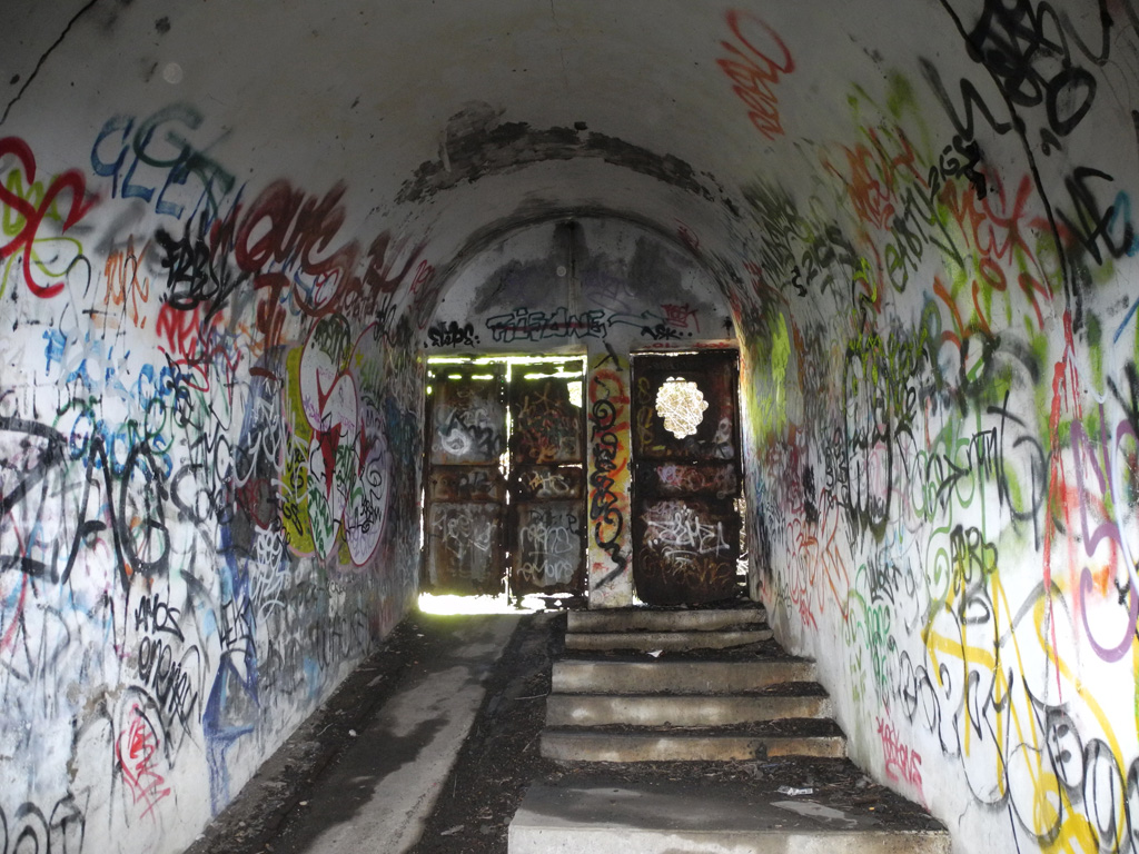Port Kembla Bunkers 162