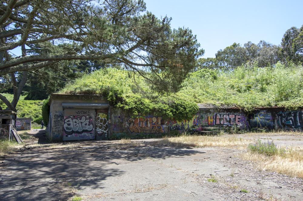 Gun emplacement